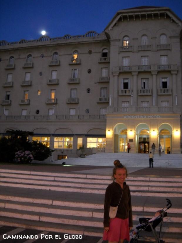 El Hotel Argentino, la luna y yo