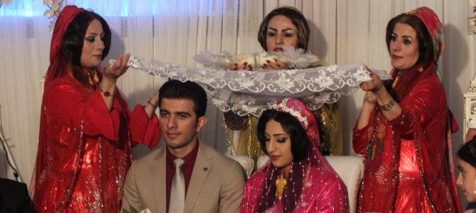 Un Casamiento Iraní